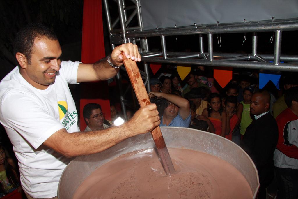 CHOCOLATE-QUENTE-DIVULGAÇÃO-1.jpg