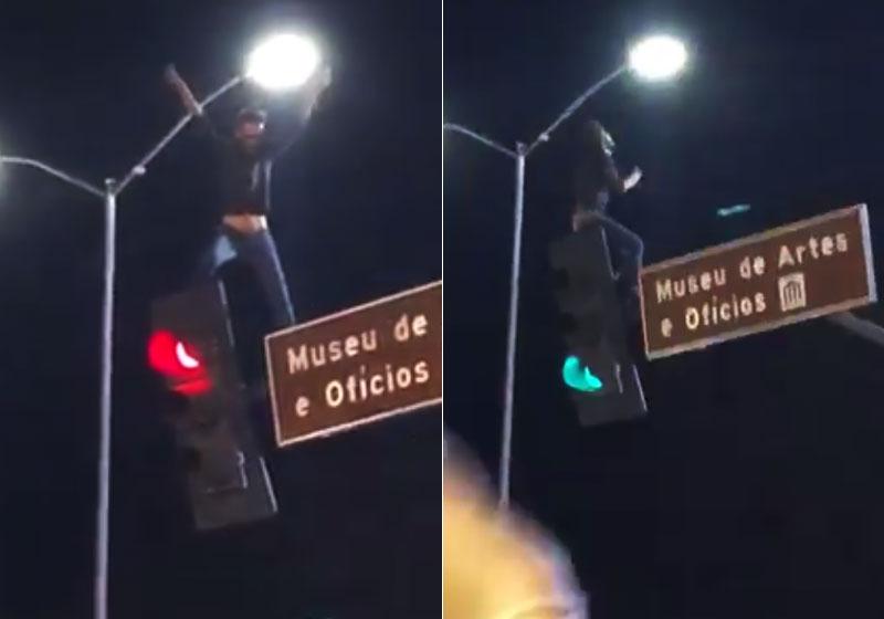 Resultado de imagem para fa de marilia mendonca em semáforo