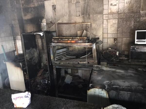 Incêndio atinge sede da Comunidade Católica Restauração em Caruaru