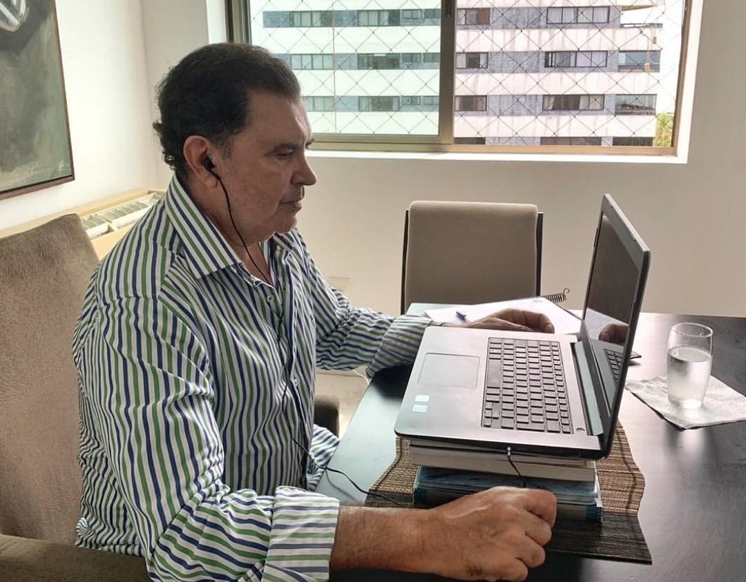 Projeto do deputado Tony Gel propõe multa para quem divulgar fake news sobre coronavírus