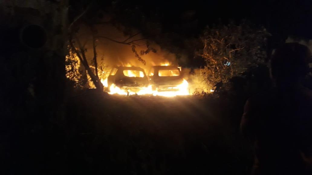 Veículos-incendiados.jpg