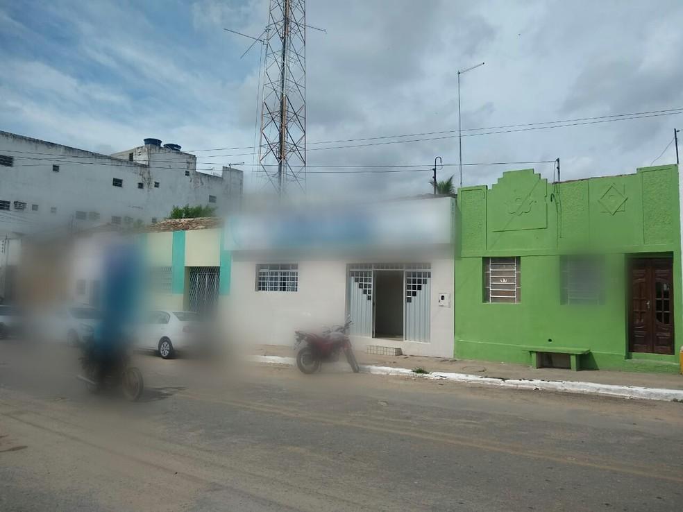 Flagrante de exercício ilegal da odontologia em Buíque — Foto: Conselho de Odontologia de Pernambuco (CRO-PE)/Foto